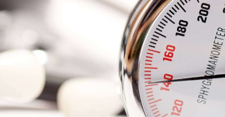 blood-pressure-reader